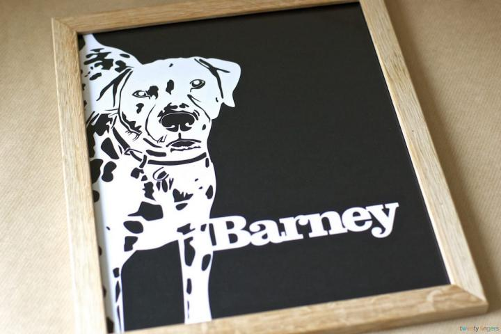 Pet Portrait Papercut. Traditional Frame (Home Decor)